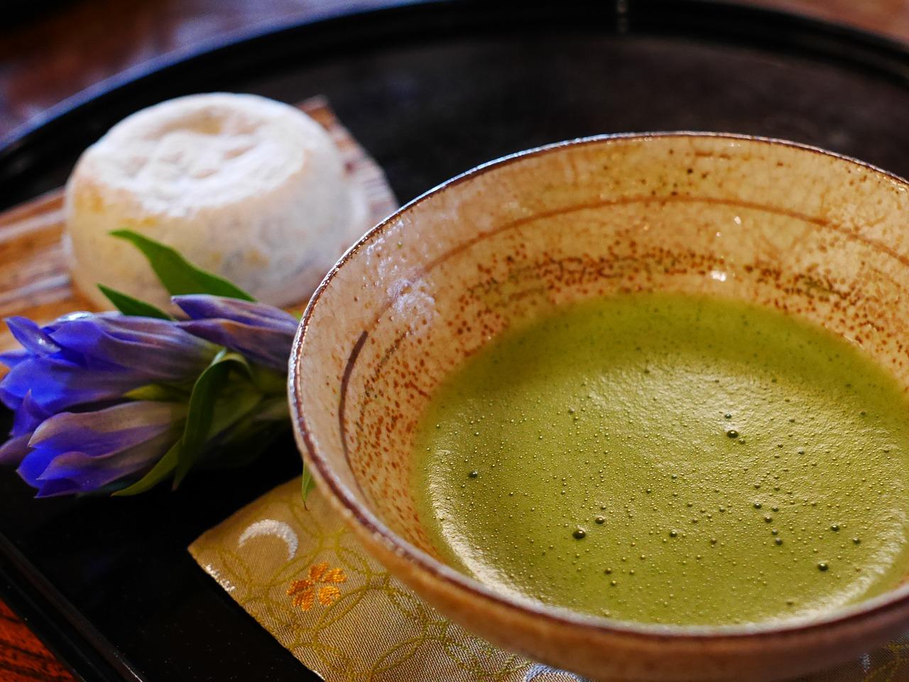 Podívejte se na 5 důvodů ke konzumaci matcha tea? Necháte se přesvědčit?